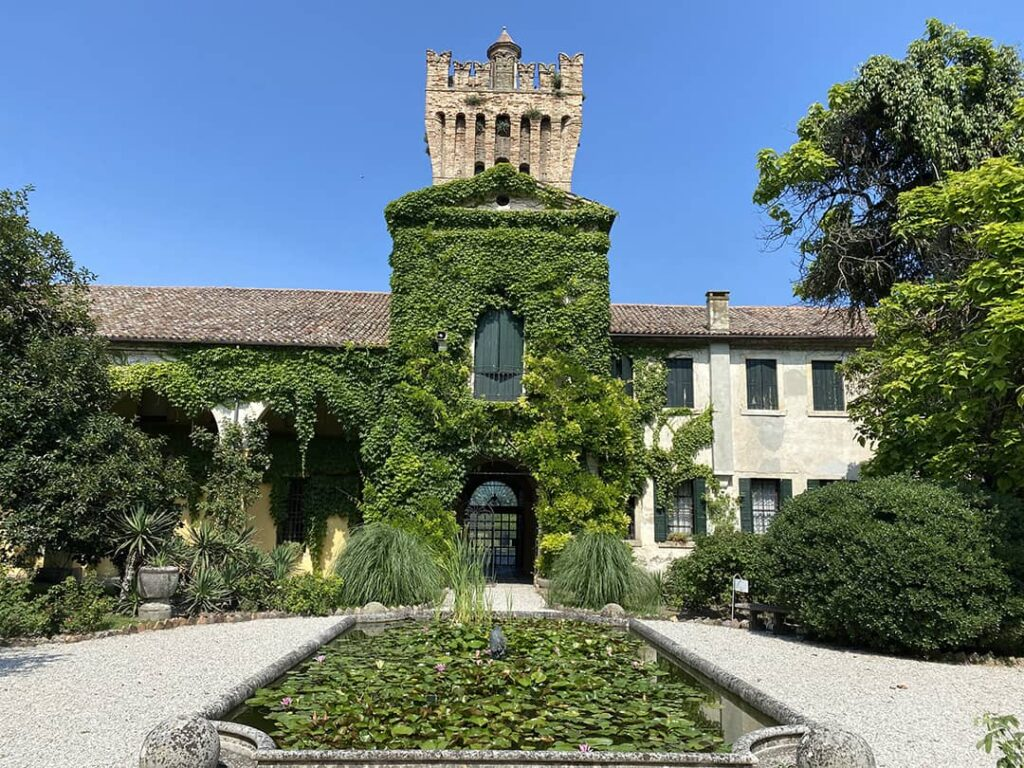 Musei insoliti in Italia: Museo del Volo
