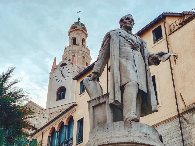 Quartiere San Siro a Sanremo: la fontana a Siro Carli